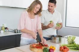 دراسة تثبت أن النساء أكثر طيبة من الرجال