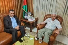"""عباس زكي يستقبل رئيس قائمة """"الحرية والكرامة"""" أمجد شهاب"""