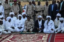 عسكر السودان يلغي الاتفاقيات مع المعارضة ويشكل حكومة انتقالية