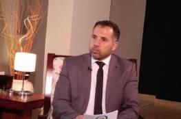 الإعلامي الحكومي بغزة يُدين اعتقال الصحفي علاء الريماوي