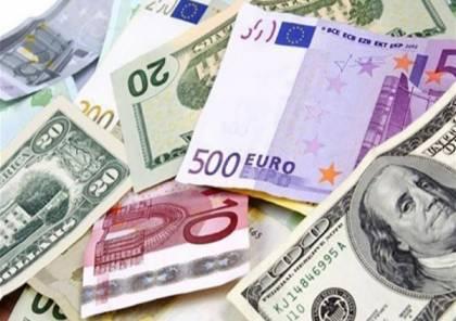 هل تقلب سعر صرف العملات جيد للتجارة أم أن استقرار العملة مطلوب؟