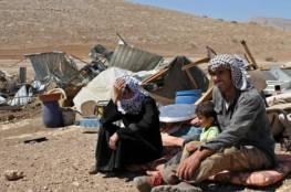 الاحتلال يُخطر 5 عائلات بإخلاء وإزالة عدد من الخيام بمسافر يطا