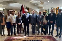 المالكي يلتقي رؤساء لجان التضامن