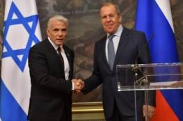 لبيد: لن نجلس مكتوفي الأيدي.. ونعمل بجدّ لمنع التصعيد مع روسيا في سورية