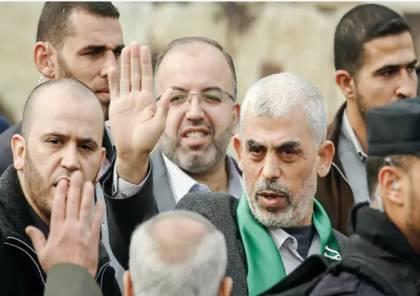 حماس تبدأ حملة زيارة عائلات غزية و هذا ما قاله السنوار..