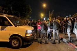 الاحتلال يعتقل مواطنا ويعتدي على آخرين في حي الشيخ جراح بالقدس