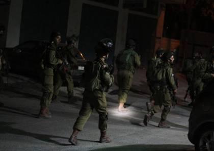 الاحتلال يشن حملة اعتقالات واقتحامات واسعة في مدن الضفة