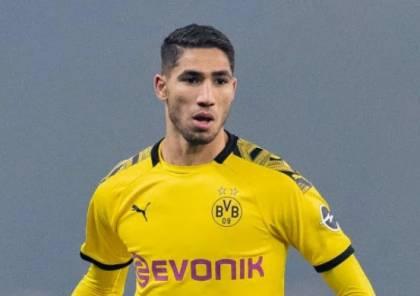 أشرف حكيمي منقسم بين البقاء في دورتموند والعودة إلى ريال مدريد