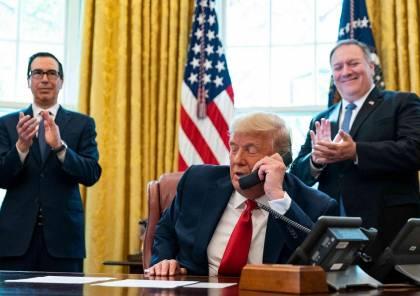 """شاهد.. ترامب يسأل نتنياهو بعد اتفاق التطبيع: هل بإمكان """"جو الناعس"""" إنجاز مثل هذا؟"""