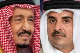 أمير قطر يهاتف ملك السعودية وولي عهده
