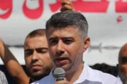 """دودين: نستهجن مرافقة الأجهزة الأمنية للمسلحين الذين اعتدوا على منزل """"نزار بنات"""""""