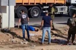 فيديو.. قوات الاحتلال تطلق النار على شاب قرب مفترق عصيون بزعم تنفيذه عملية طعن