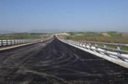"""بالفيديو.... إتمام بناء جسر """"بوابة السلام"""" بين """"إسرائيل"""" والأردن بمنطقة الاغوار"""