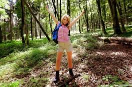دراسة: المشي في الغابات والحدائق له تأثير سحري على الإجهاد