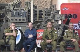 شاهد الصور : الرئيس الإسرائيلي يتفقد حدود غزة