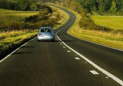 5 نصائح للسفر بالسيارة بأقل كمية وقود.. تعرف عليها