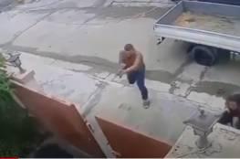 شاهد .. فيديو لحظة اغتيال المحامي عبد المنعم السلماني في العراق