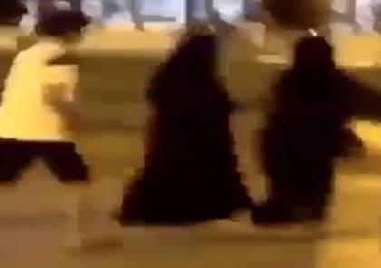 """شاهد: التحرش بامرأة في السعودية يلهب """"تويتر"""""""