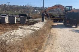 الاحتلال يخطر بوقف بناء منزلين جنوب الخليل