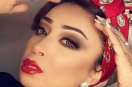 فيديو صادم: طلاق فنانة كويتية على الهواء خلال دردشة مع جمهورها