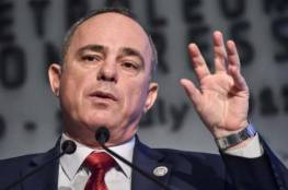 وزير إسرائيلي ينتقد حكومته لعدم تعقب مرضى كورونا
