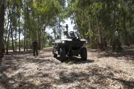 """شركة إسرائيلية تكشف عن """"روبوت مسلح"""" للقيام بدوريات على الحدود"""