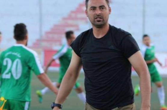 مدرب فلسطيني يتنازل عن مستحقاته المالية بسبب كورونا