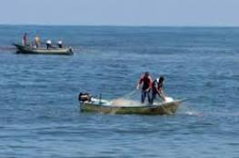 الاحتلال يقرر فتح معابر غزة وتوسيع مساحة الصيد لـ 15 ميلًا صباح الخميس