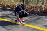 رجل كفيف يجري خمسة كيلومترات منفردا  فيديو