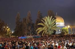 أكثر من 90 ألف مصلٍ من أبناء شعبنا في المسجد الأقصى لإحياء ليلة القدر