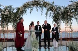 أوزيل يعقد قرانه في اسطنبول بحضور أردوغان وزوجته (صور)