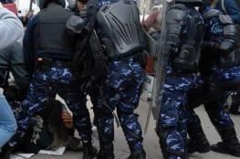 """رابطة الصحفيين الأجانب تدين """"سلوك الأجهزة الأمنية الفاضح"""" في الاعتداء على صحفيين أجانب"""