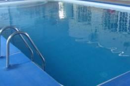 مصرع طفل غرقاً في بركة سباحة بغزة