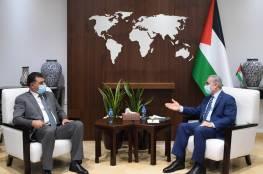 رئيس الوزراء: حل الدولتين مصلحة فلسطينية- أردنية