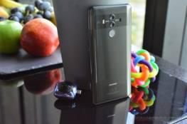 هواوي تطور هاتف ذكي قابل للطي