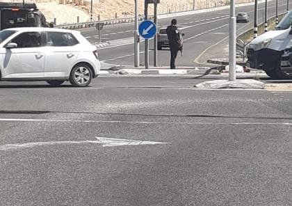شاهد: لحظة إطلاق الاحتلال النار على فلسطيني عند مفترق افرات قرب بيت لحم