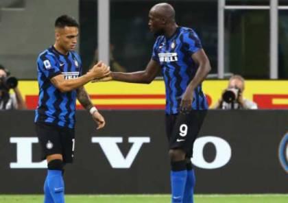 إنتر ميلان ينتصر على نابولي بهدفين في الدوري الإيطالي