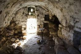 مسؤول فلسطيني يتهم إسرائيل بنهب الآثار الفلسطينية