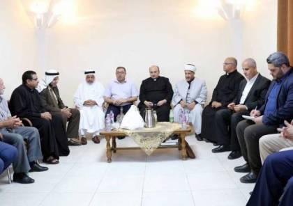 """""""حماس"""" تزور كنيسة دير اللاتين: العلاقة بين المسلمين والمسيحيين متينة"""