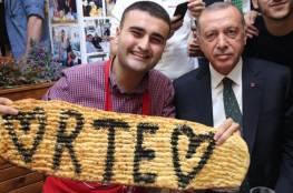 فيديو.. الشيف التركي بوراك يتحدث بالعربية ويتضامن مع لبنان
