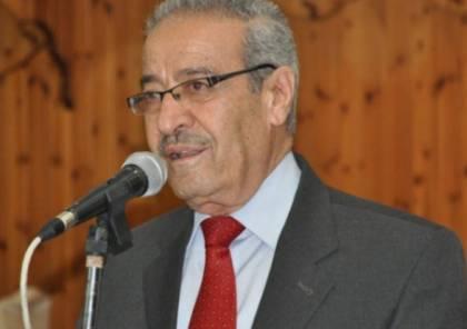 تيسير خالد: إسرائيل تحتجز الأسرى الفلسطينيين بمعسكرات اعتقال جماعية خلافاً للقوانين الدولية