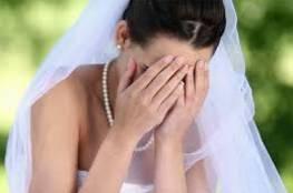 عروس سيئة الحظ تأجل زفافها 7 مرات