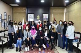 غنام تبحث مع منتدى سيدات الأعمال تطوير واقع النساء ومساندة المتضررات من كورونا