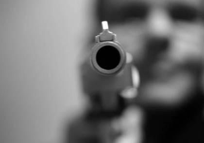 مصادر طبية : مقتل شاب بالرصاص وإصابة آخر جنوب الخليل