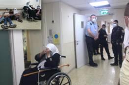 الأخرس يرقد بين الحياة والموت وعائلته تضرب عن الطعام بعد احتجازها ومنعها من زيارته