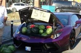 """""""لامبورغيني"""" فارهة لبيع البطيخ في اسطنبول"""