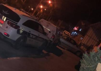 الطيبة: إصابة شابين في جريمة إطلاق نار