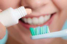 كم مرة تنظف أسنانك يوميا؟.. قد يحميك هذا من قصور القلب