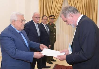 الرئيس عباس يتسلم رسالة من رئيس الوزراء الإسباني والسويدي