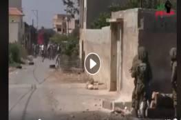 فيديو : ضابط بجيش الاحتلال يهين جنوده بسبب جبنهم بمواجهات كفر قدوم